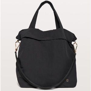 Lululemon On My Level 30L Bag